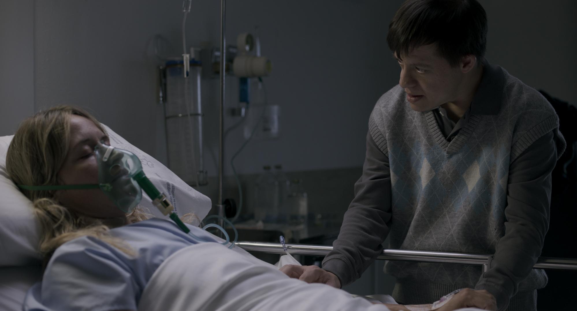Leon con Olvido en hospital
